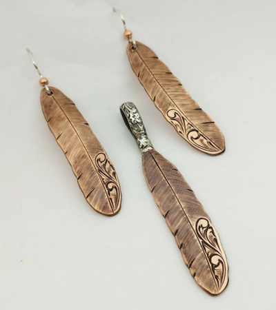 Feather shaped earrings